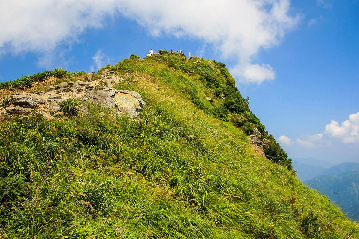 【谷川岳】登山百景-休んでいる人が見える