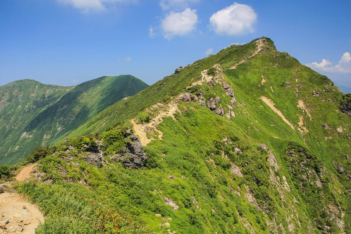 【谷川岳】登山百景-山頂のオキの耳は向こう