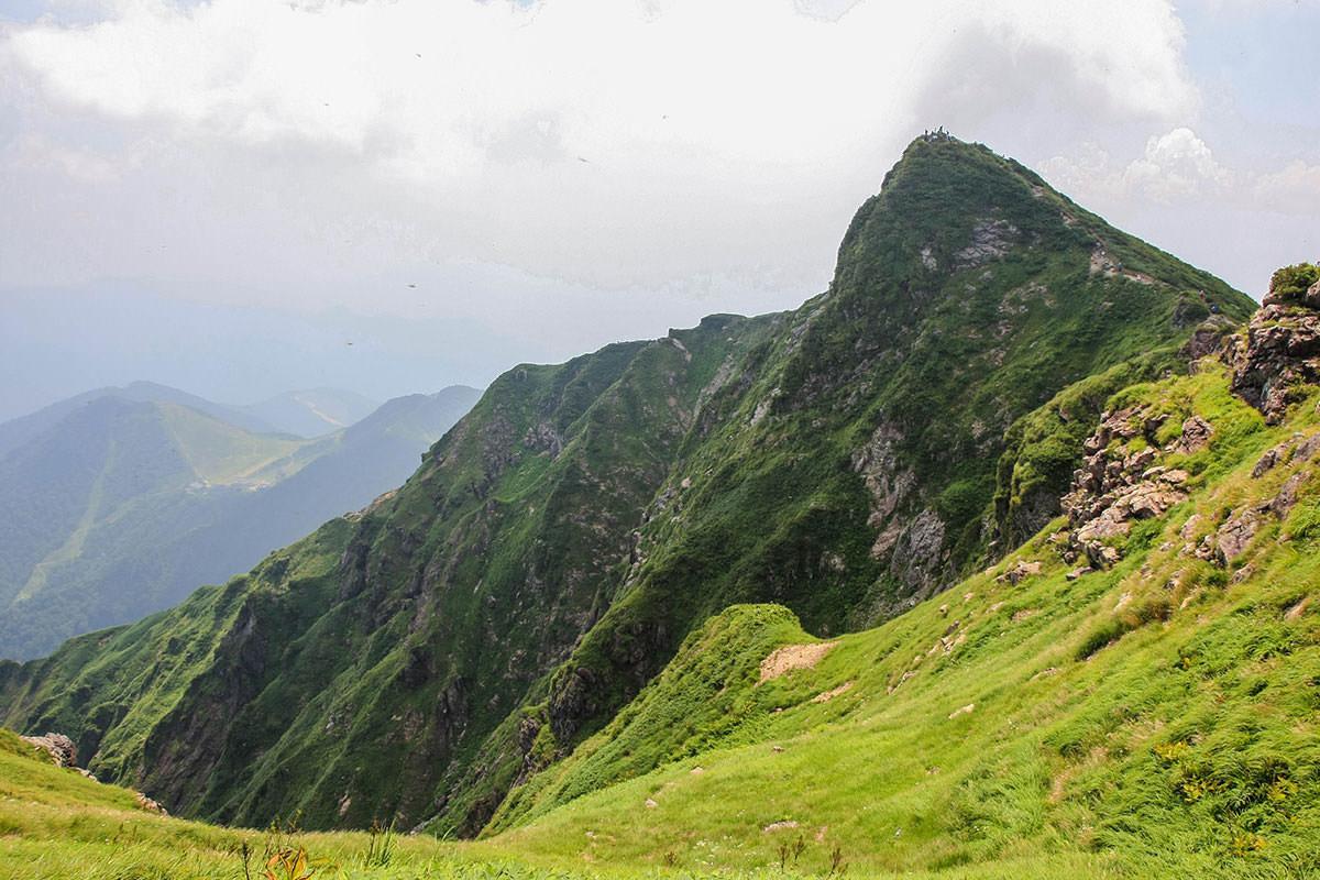 【谷川岳】登山百景-トマの耳は向こう