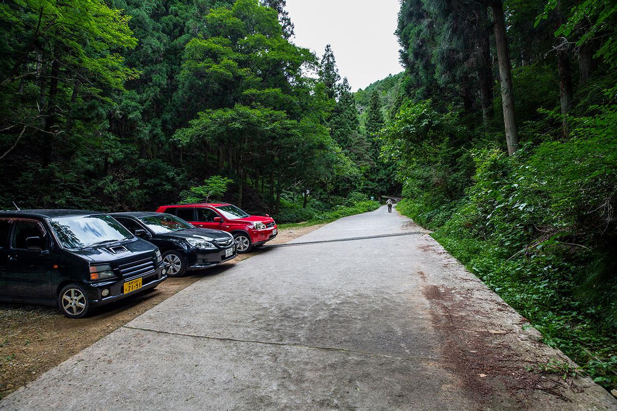 【太郎山】登山百景-ここに車を停める