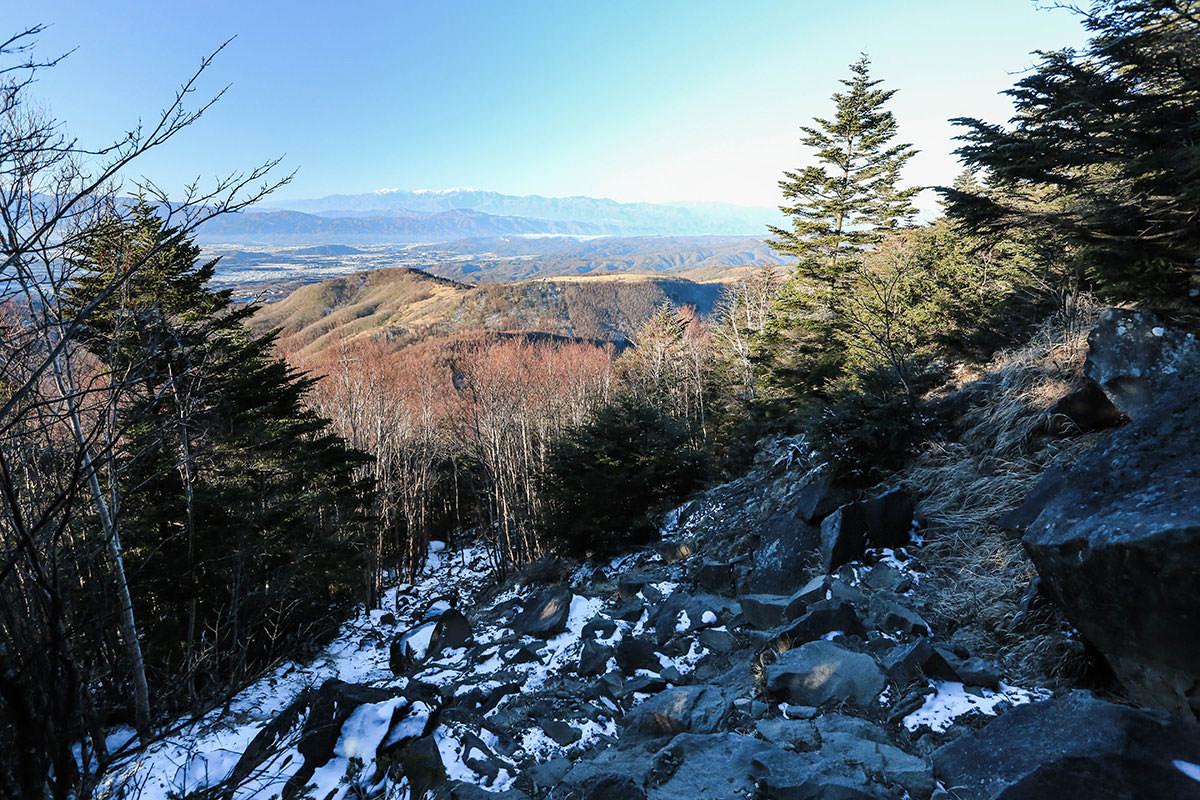 【蓼科山】登山百景-振り返ると山並み