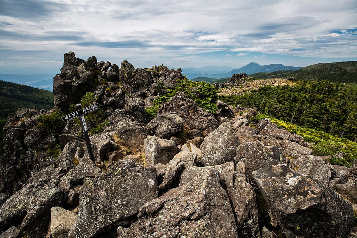 【天狗岳】登山百景-岩の上を歩く