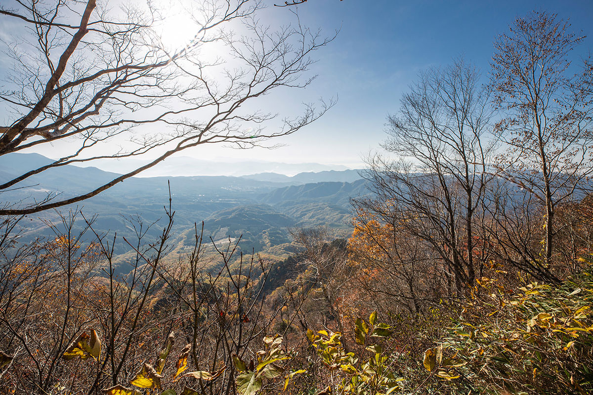 【戸隠西岳】登山百景-熊の遊び場から見下ろす