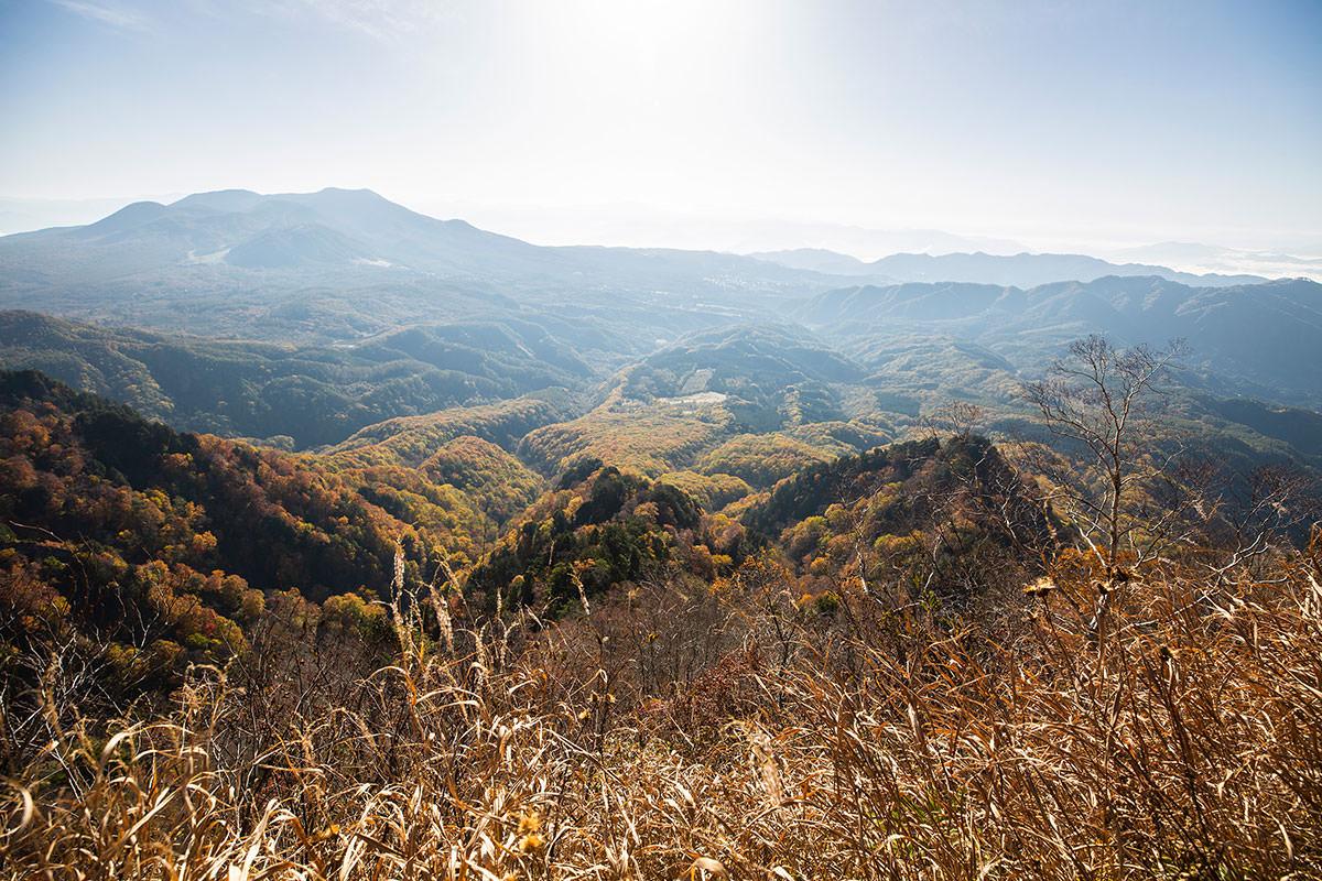 【戸隠西岳】登山百景-足元は崖だから眺めが良い