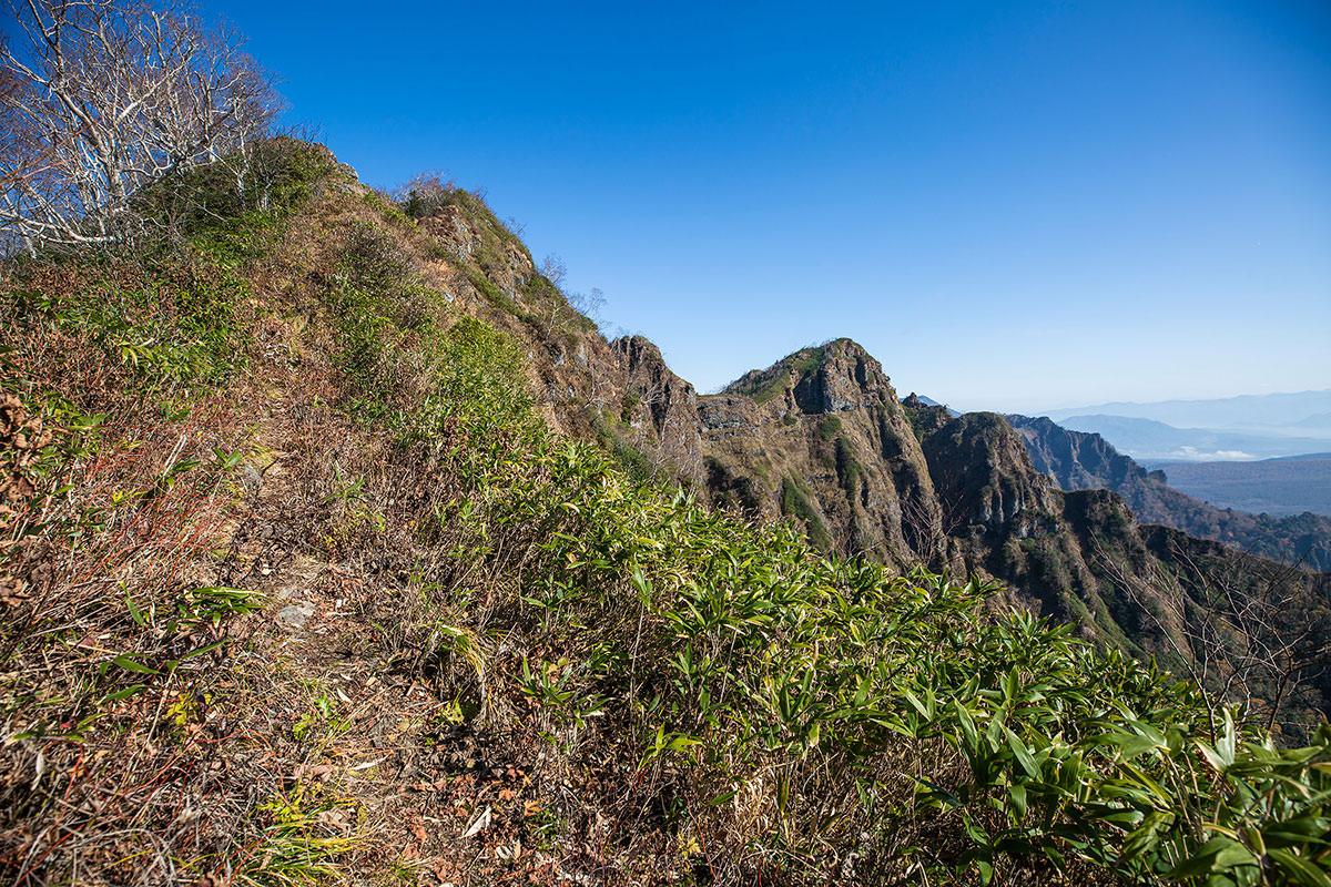 【戸隠西岳】登山百景-けっこう登り返しが急