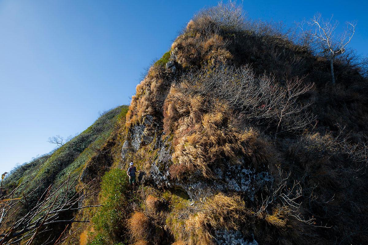 【戸隠西岳】登山百景-下りたところを振り返る
