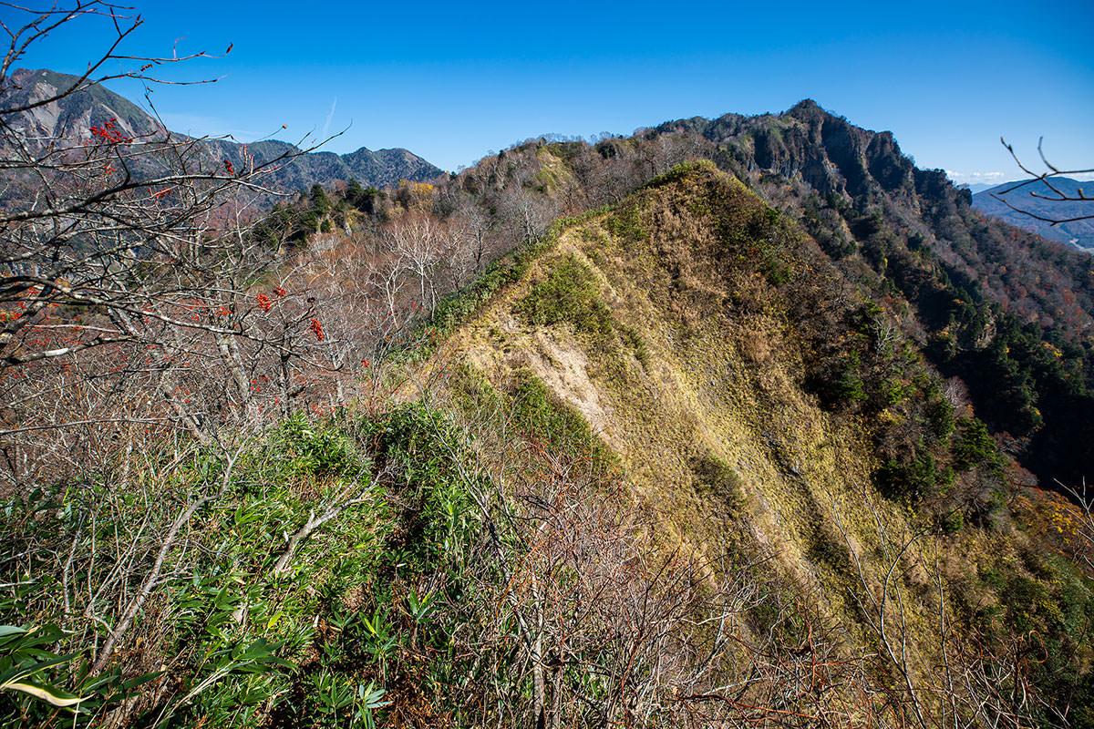 【戸隠西岳】登山百景-あそこが最低地点