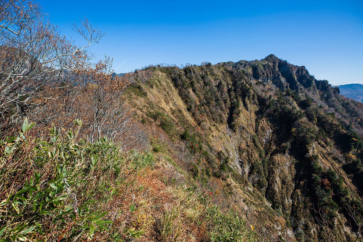 【戸隠西岳】登山百景-八方睨みへ登る