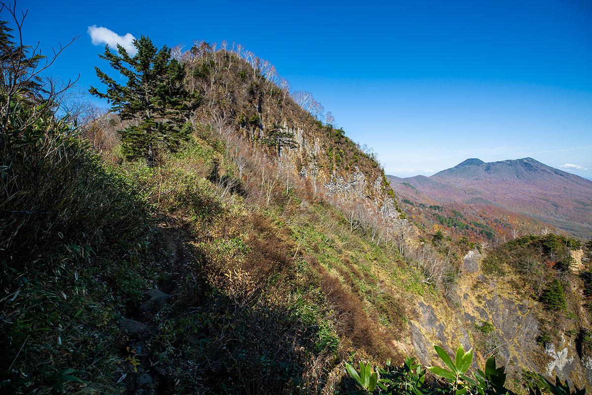 【戸隠西岳】登山百景-あれを登り返す