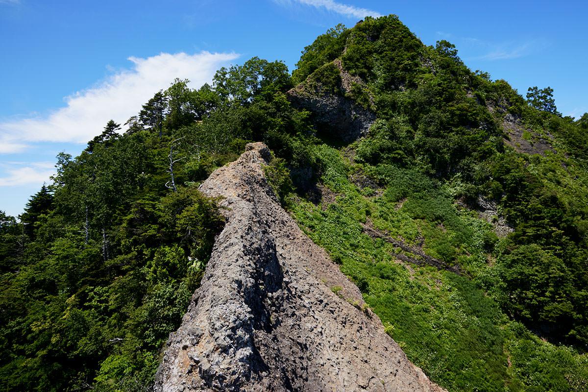 戸隠山-蟻の塔渡りの中ほどから先