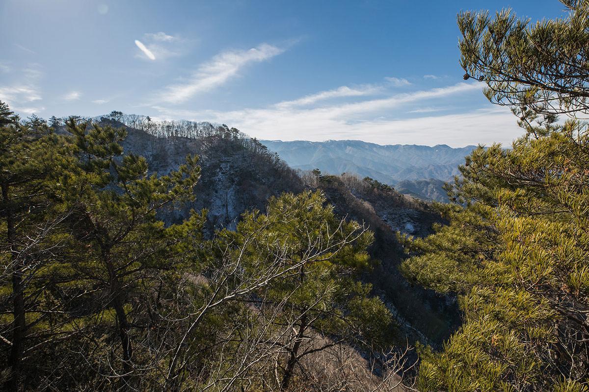 【独鈷山】登山百景-南側の稜線