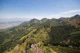 こっちの尾根は竜ノ峰と竜王山