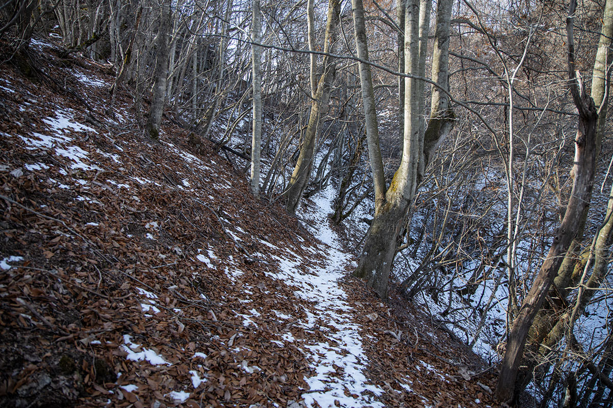 独鈷山-ここだけ雪があった