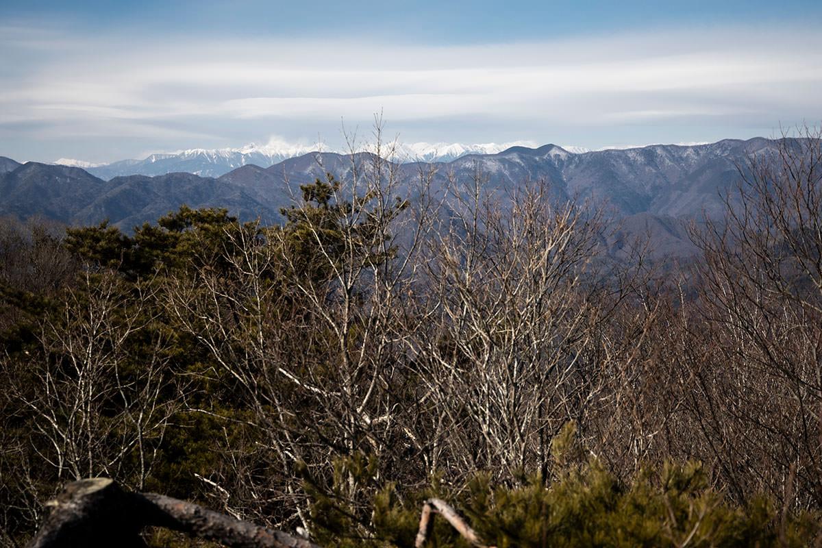 独鈷山-北アルプスはくっきり