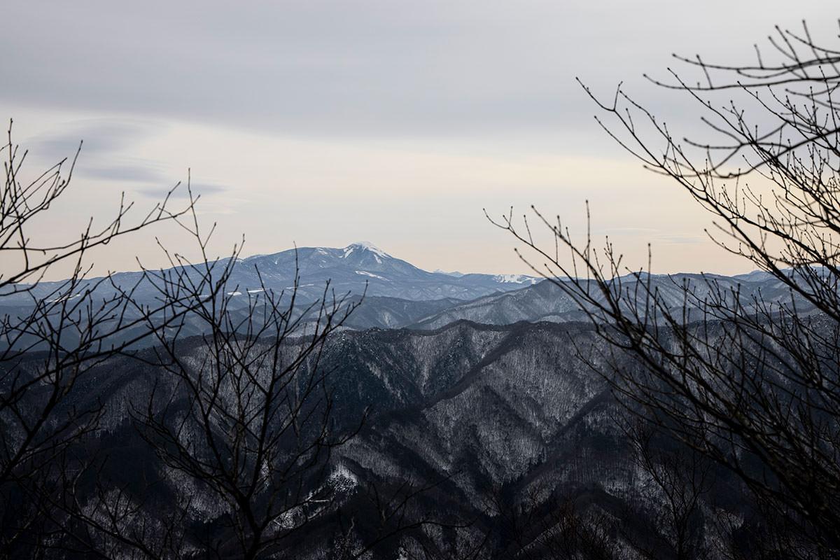 独鈷山-蓼科山を見る