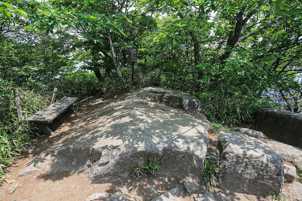 【筑波山】登山百景-国割石