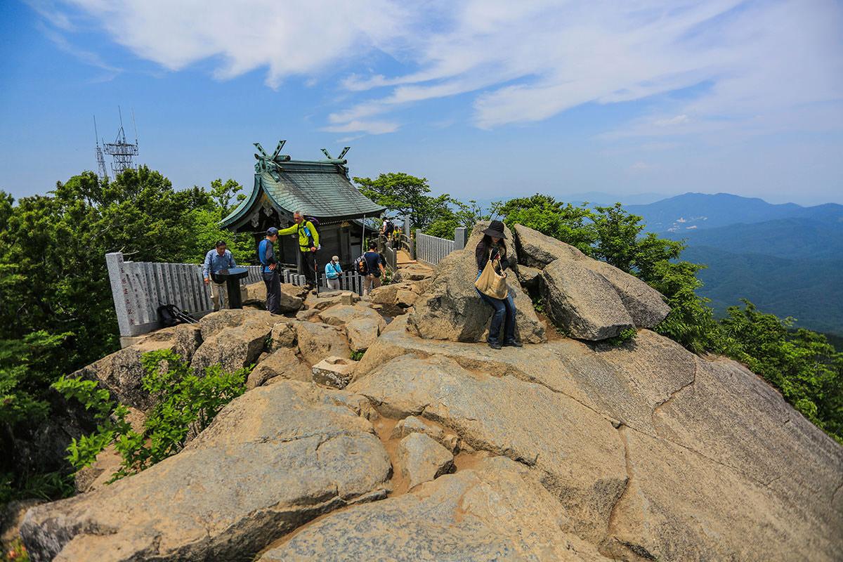 【筑波山 白雲橋コース】登山百景-社殿の方を見る