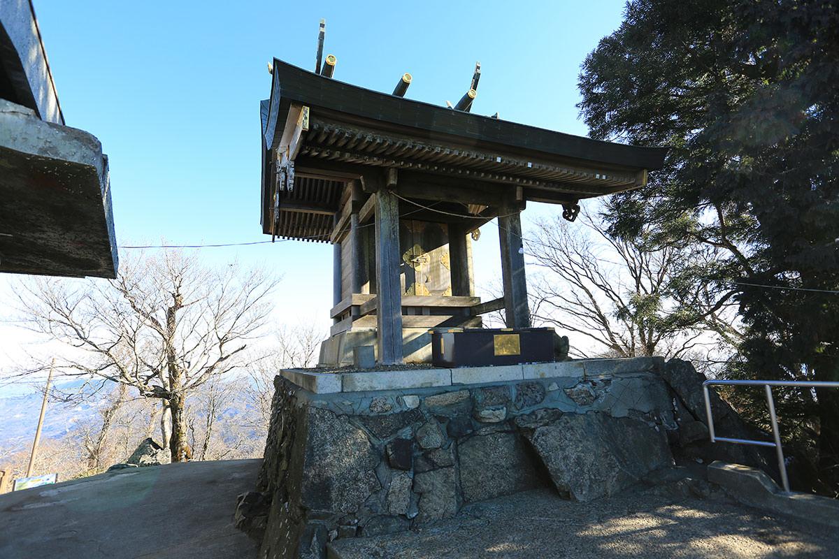 【筑波山】登山百景-男体山の社殿