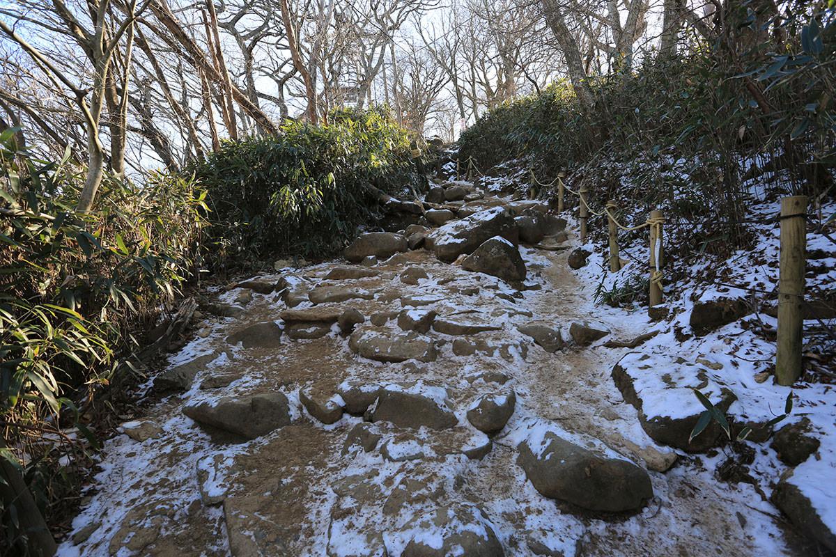 【筑波山】登山百景-雪が残っている