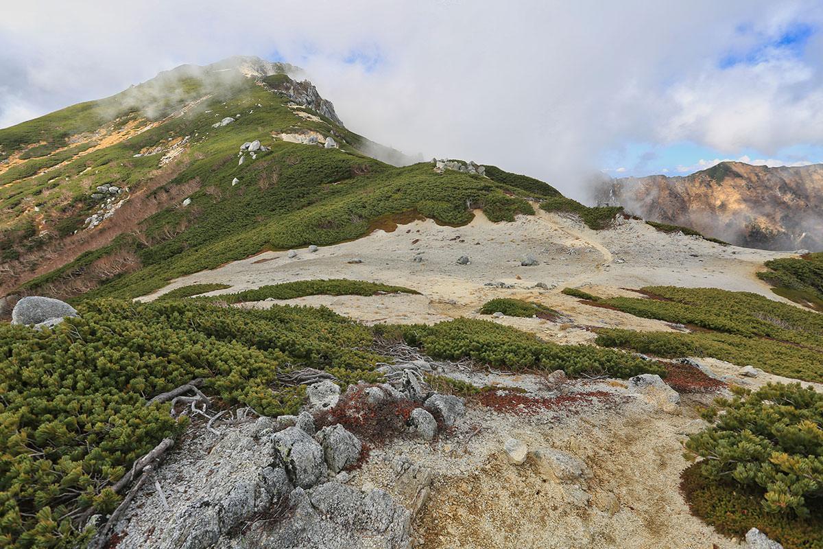 【空木岳】登山百景-地面も白い
