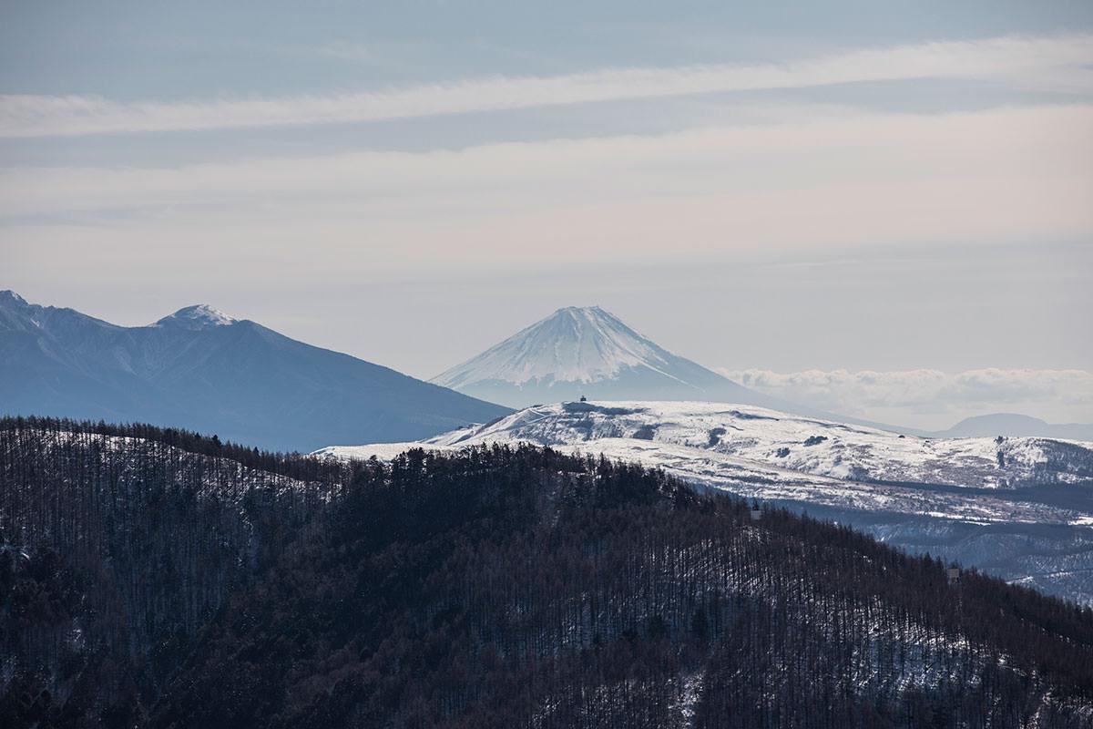 車山の先には富士山