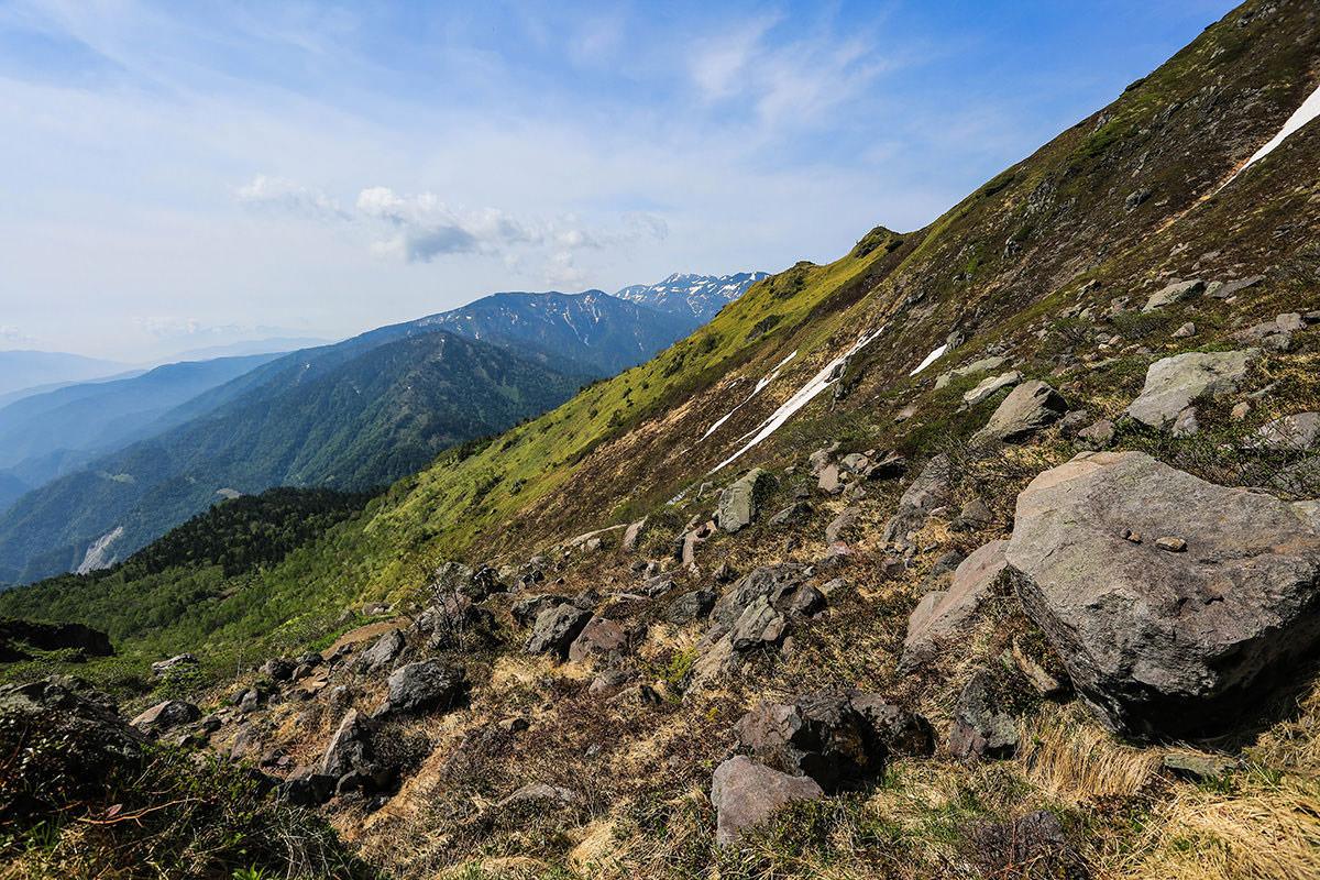 【焼岳 中ノ湯登山口】登山百景-横を見ると乗鞍岳