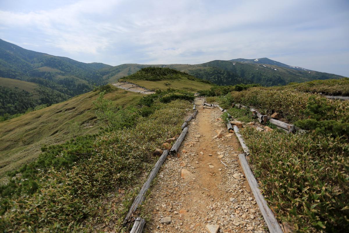 薬師岳へと向かう太郎平の眺め