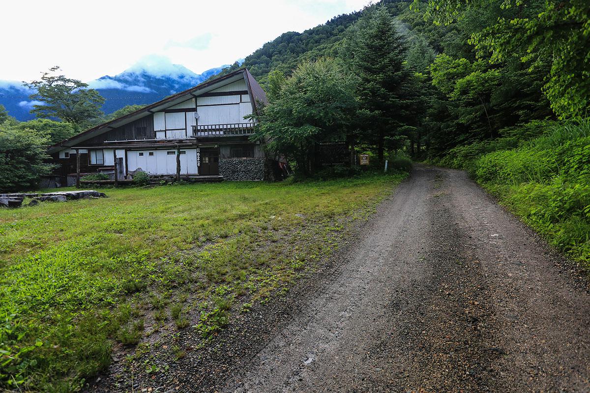 槍ヶ岳-穂高平小屋に到着
