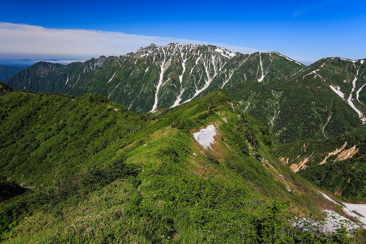 槍ヶ岳-稜線を下りる