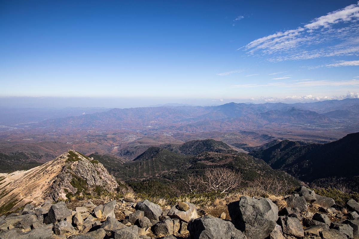 根石岳から東側の景色