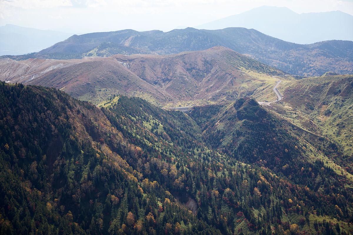 志賀高原横手山-白根山が間近に見える